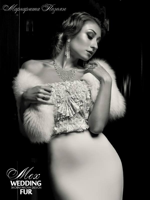 """Горжетка из белого песца качества luxe """"Saga Royal"""". Размеры 44-52. Коллекция """"Голливуд"""""""